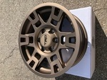 4RUN Trd Wheel W Cen (SHIPPING TO AK/HI EXTRA) - Toyota (PTR20-35110-F5)