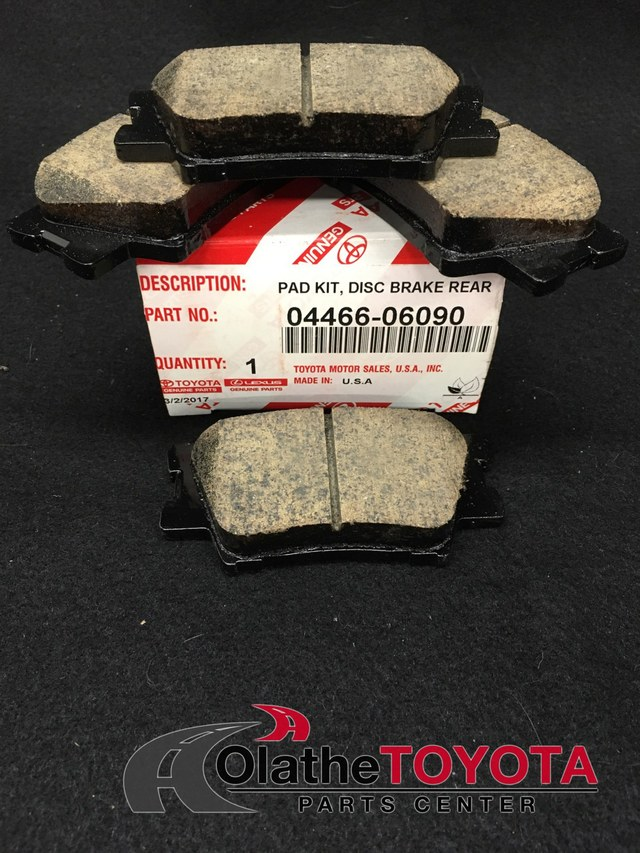 FRONT BRKE DISCS AND PADS FOR TOYOTA OEM QUALITY 28371748