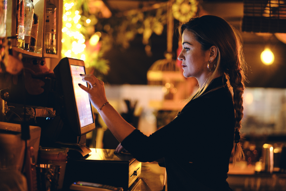 Choose the Right Restaurant POS: What To Ask Before You Buy