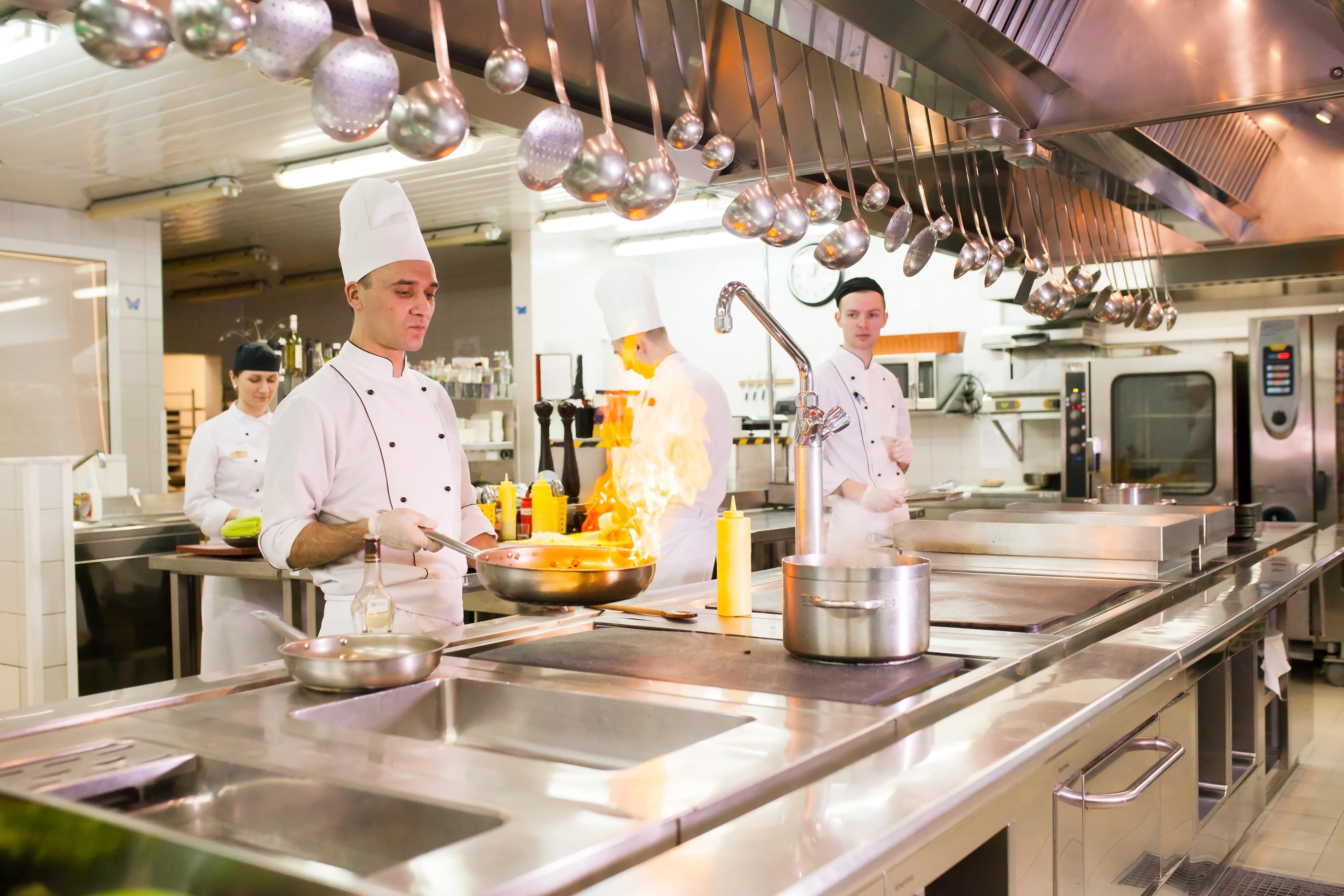 Kitchen Display Systems: 3 Benefits for your Restaurant Back of House