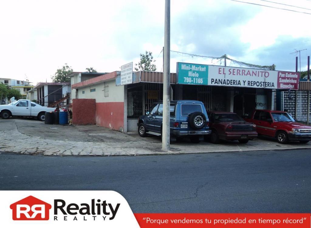 Ave. Hostos - Santa Juanita