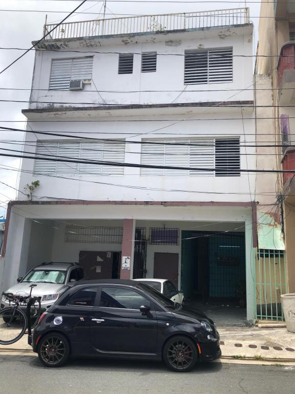 Calle Monserrate