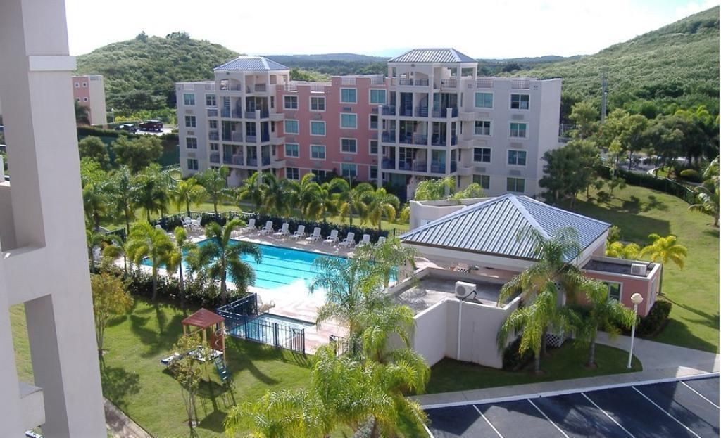 Cond Costa Brava, Ceiba