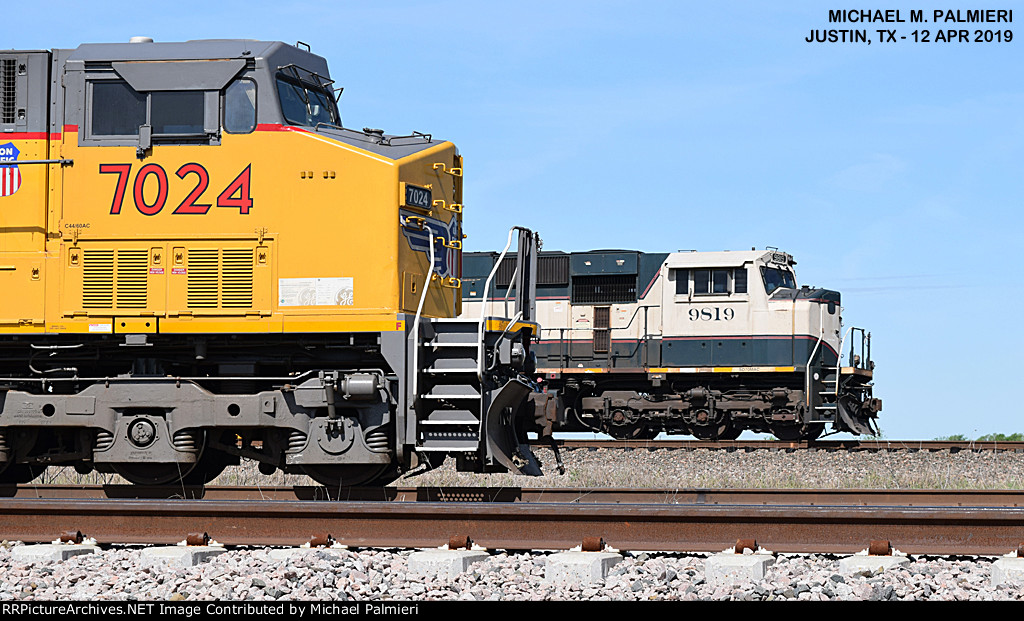 UP 7024 and BNSF 9819