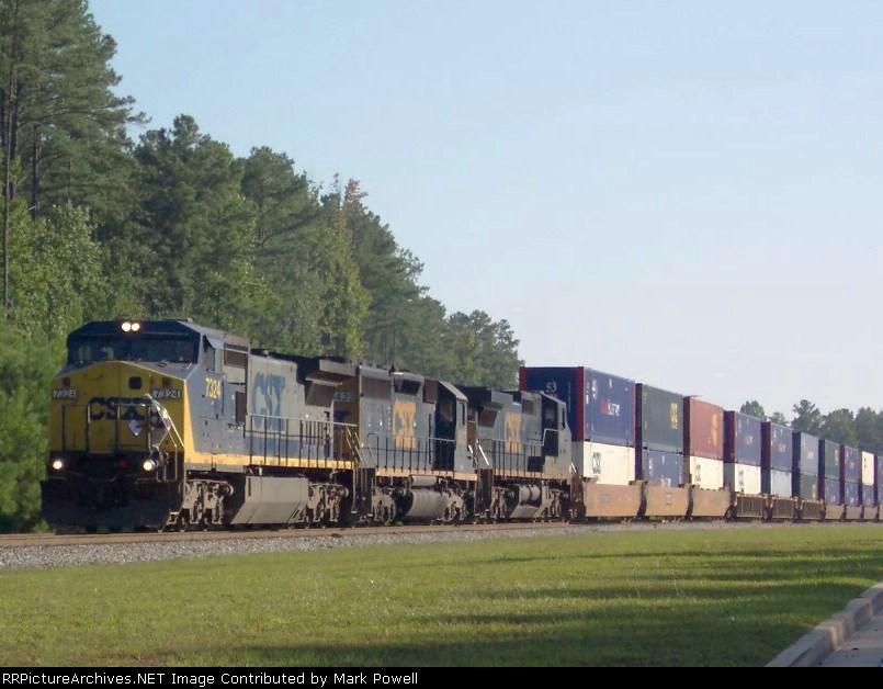 CSX 7324 about to leave CSX Fairburn Intermodal