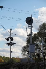 Viewing Album: Signs & Signals - Railroad Picture Archives NET