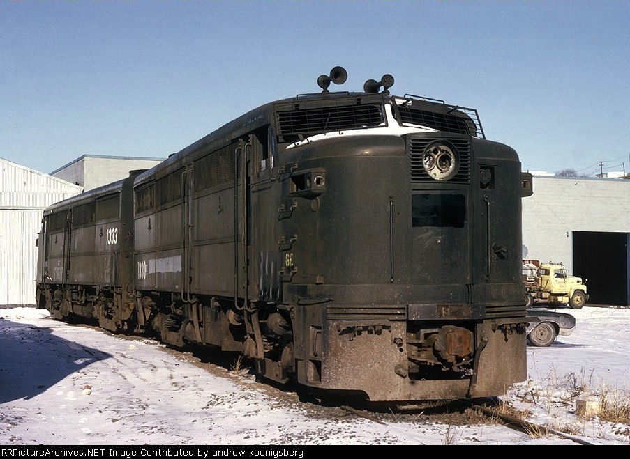 Penn Central Alco Fa 2s 1330 1333 Wait Their Turn To Be Made Into Long