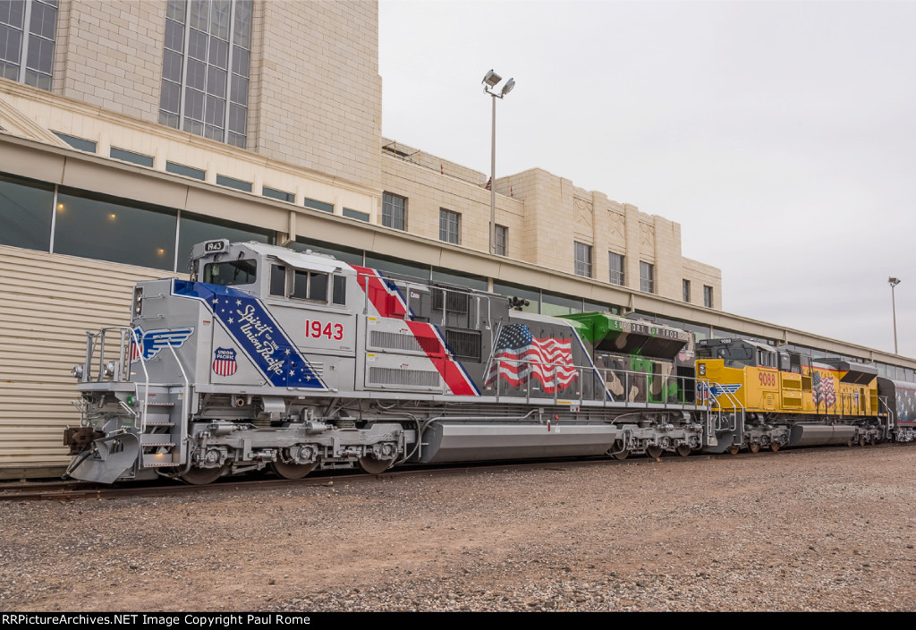 up 1943 emd sd70ah the spirit of union pacific honoring the us