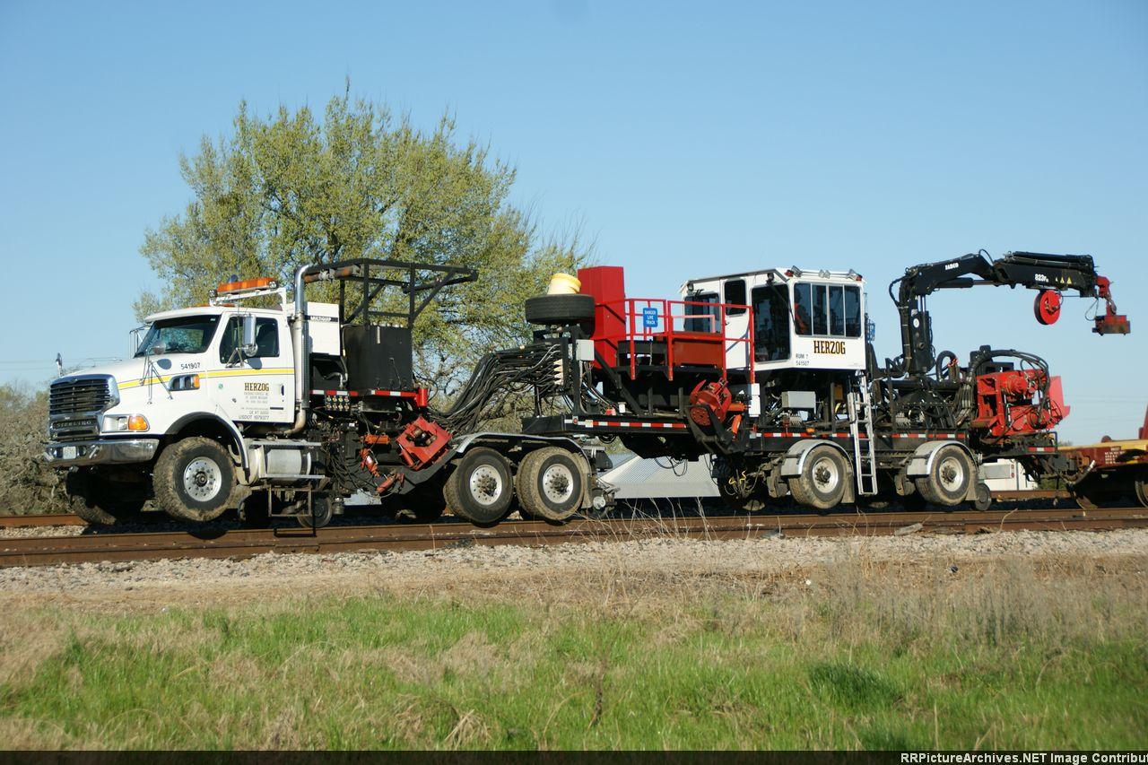 Herzog Rail Unloading Machine - RUM 7 & 541907