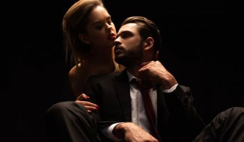 10 Best Taboo Stories that Every Fan of Forbidden Love Should Not Miss