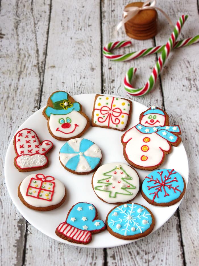 Homemade Christmas Gingersnap Cookies