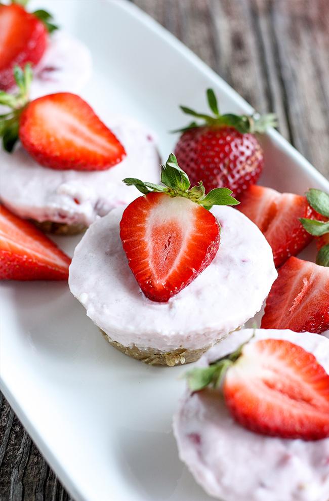 Frozen Strawberry Greek Yogurt Tarts