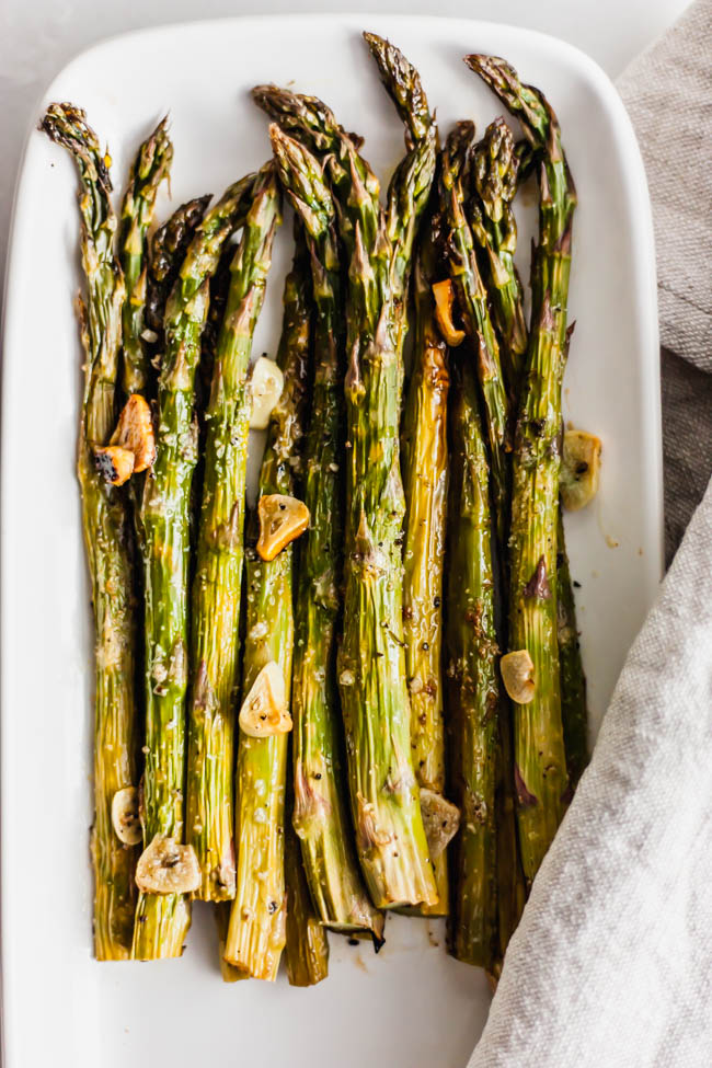 Best Garlic Roasted Asparagus