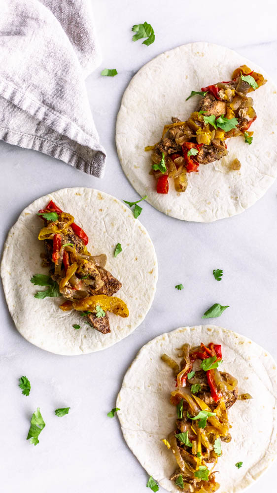 Don't lift a finger or touch the oven and make these Slow Cooker Chicken Fajitas for an easy dinner.