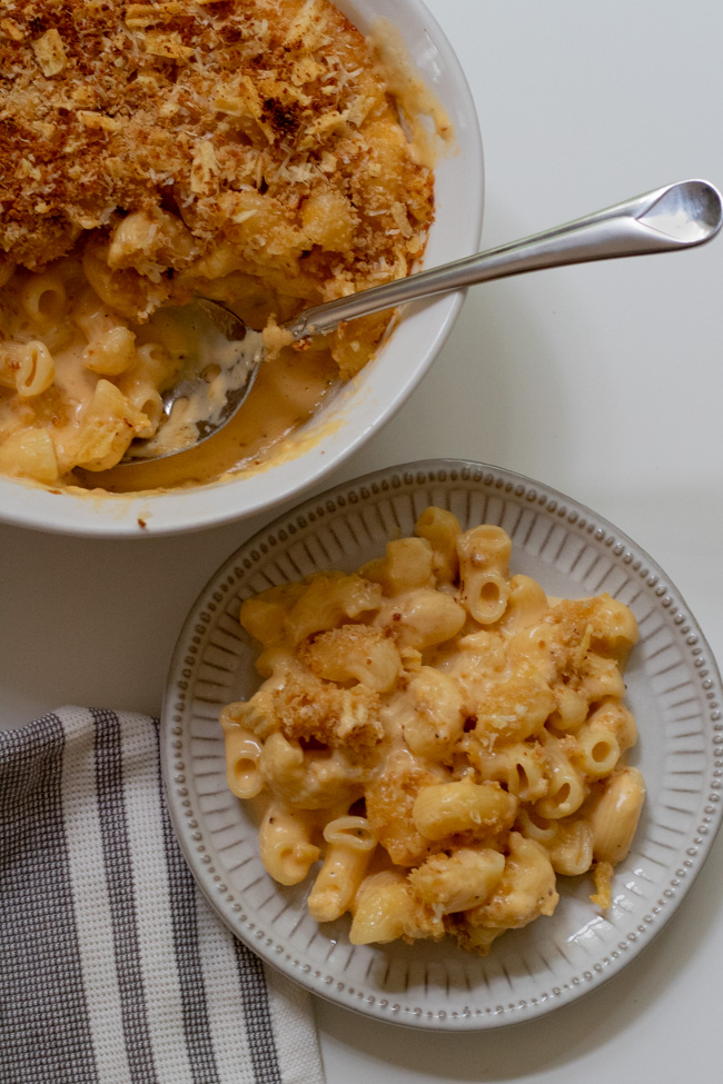 As the weather turns cooler, we are all about cozy, classic comfort foods!  As much as we love a creamy homemade macaroni and cheese, it can be totally time consuming and finicky to get that perfect, creamy texture.  That's why this macaroni and cheese is the ultimate recipe – three cheeses, done in under 30 minutes and completely foolproof.  Oh, and did we mention no flour or roux required?
