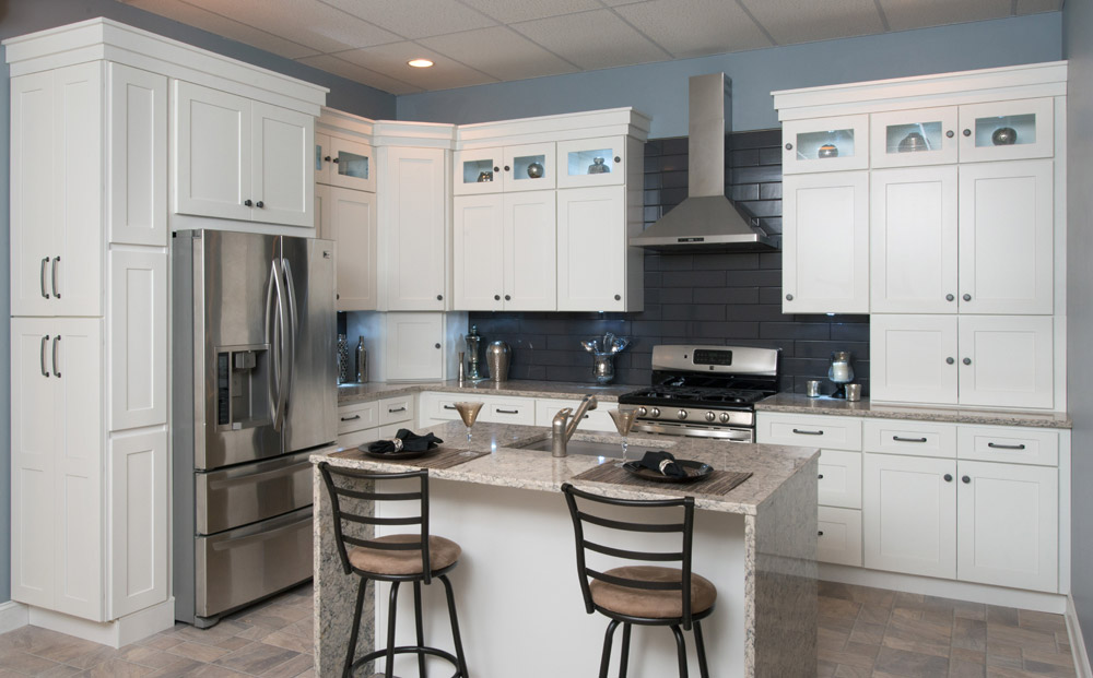 Frosted white shaker kitchen cabinets rta cabinet store for Cheap rta kitchen cabinets