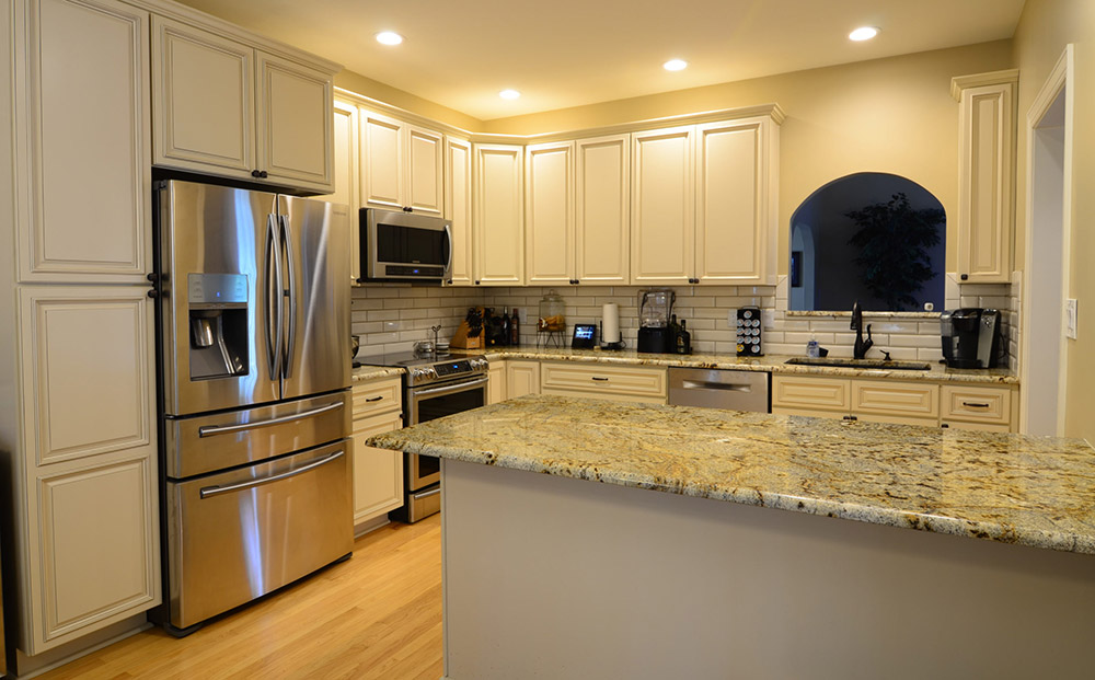 Maddox Lace White Kitchen Cabinets
