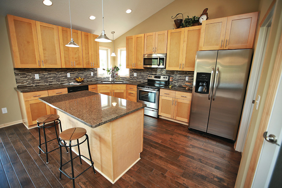 light oak cabinets with dark wood floors shaker kitchen cabinets rta kitchen cabinets 376