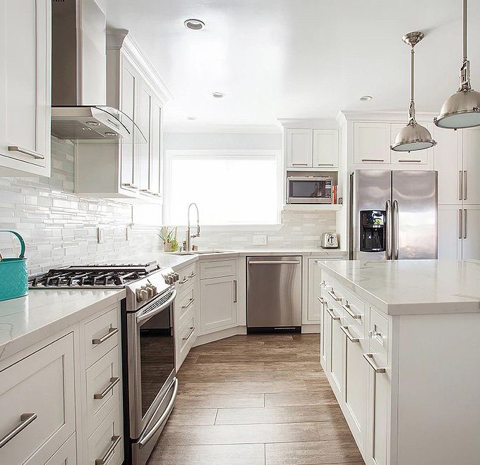 Snow White Inset Kitchen Cabinets