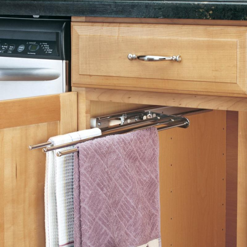 Chrome 3 Prong Pull-Out Towel Bar