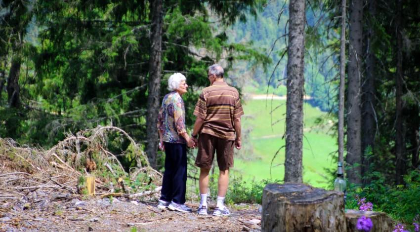 los mayores de 70 años pueden salir