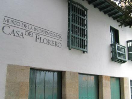 Imagen de la fachada del Museo de la Independencia Casa del Florero en Bogotá