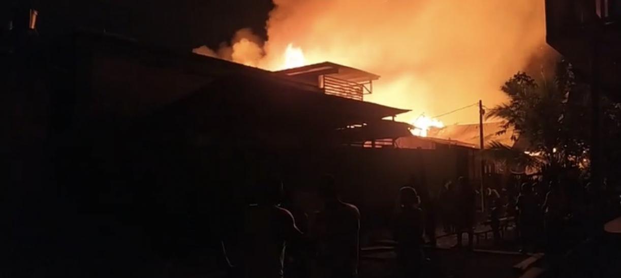 Incendio en Riosucio, Chocó deja 2 personas muertas y más de 320 damnificados.