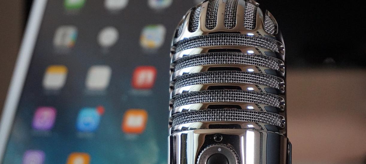 Alojar un podcast