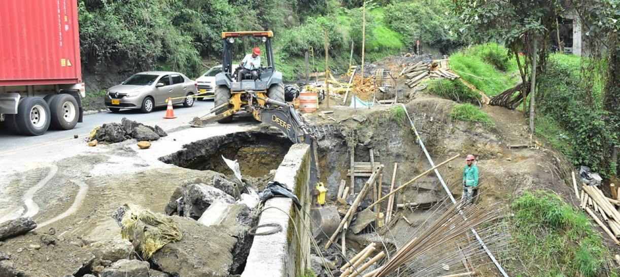Túnel de la Línea Cierre en Cajarmaca Calarcá