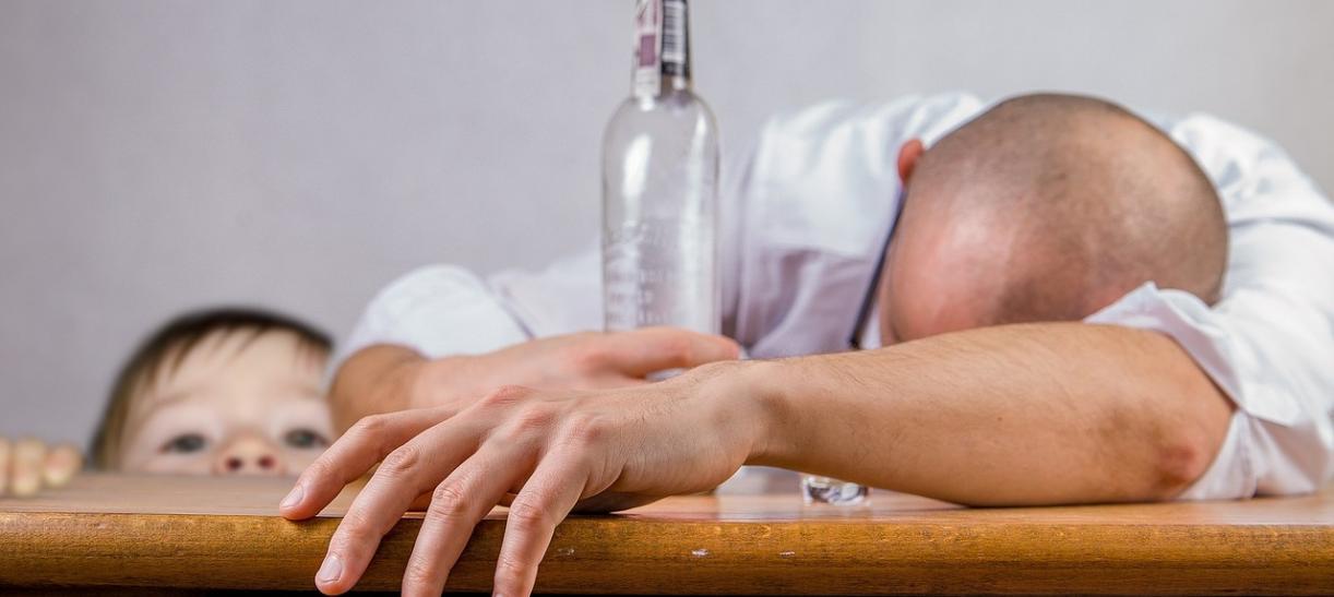 Menores expuestos al consumo de licor
