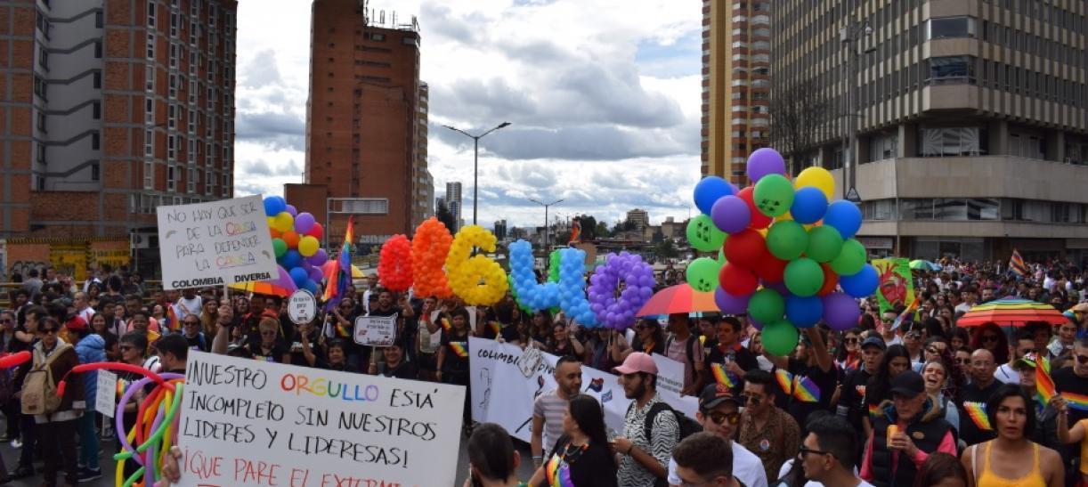 Derechos de la población LGBT