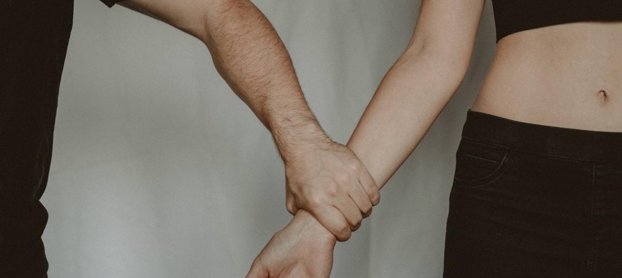 cómo denunciar abusos contra la mujer