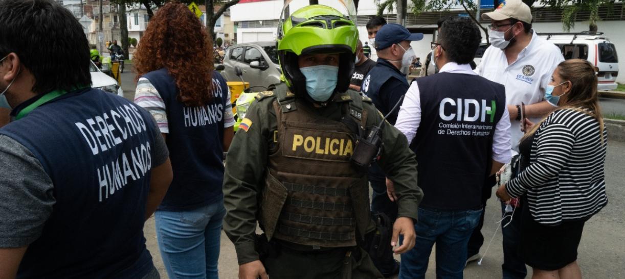 miembros de la cidh y policia en visita a colombia