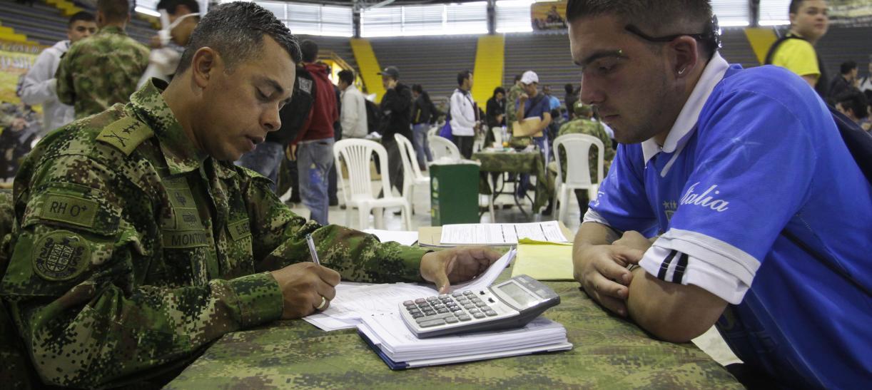 Amnistía del 60 % en el valor de la libreta militar