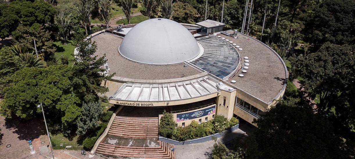 show laser planetario bogota
