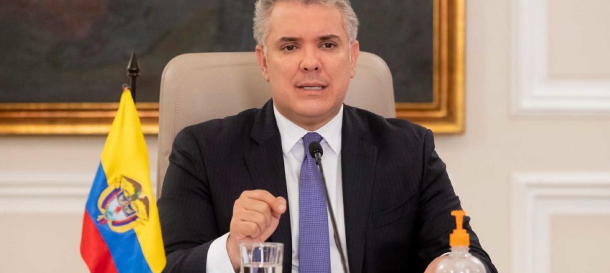Presidente Duque dos años