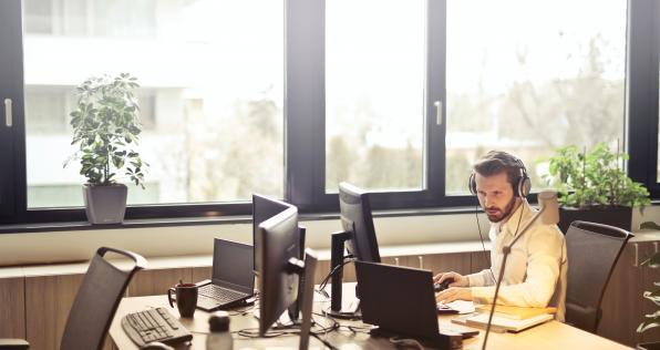 Ofertas de empleo: trabaja desde tu casa con Teleperformance