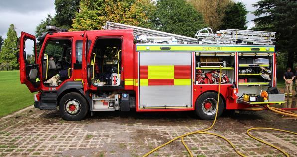 ¿Qué necesitas para convertirte en bombero? Aquí te contamos