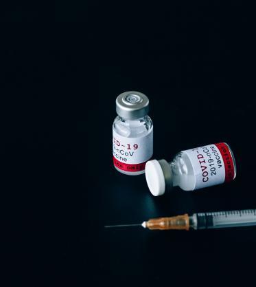 Estos son los mitos y verdades sobre la vacuna contra covid-19