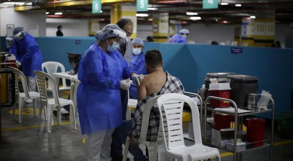 Jefes de hogar están más dispuestos a vacunarse