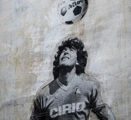 5 momentos históricos de Maradona, el genio del fútbol mundial