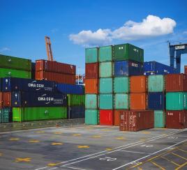 Miles de toneladas de productos están represados en puertos de Buenaventura