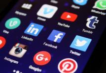 Redes sociales han depurado más de cien mil noticias falsas sobre vacunación