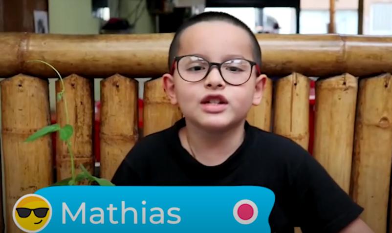 Mathias le da ideas a Elkin