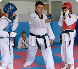 Taekwondo - imágenes de deportes para niños