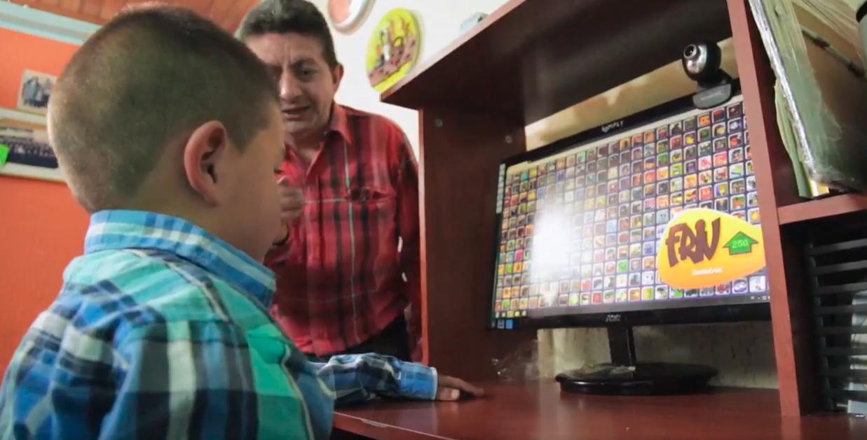 El buen uso del internet - Imagen del programa Emoticones de Señal Colombia