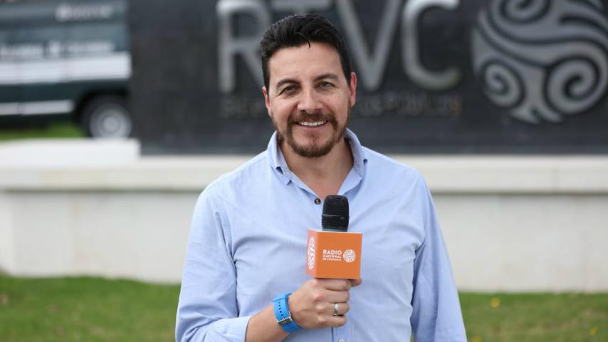 Juan Ricardo Pulido, periodista de Radio Nacional de Colombia, RTVC Medios Públicos