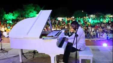 Concierto Piano móvil en Colombia, Radio Nacional de Colombia