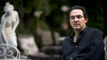 Juan Gabriel Vásquez, escritor colombiano en entrevista con Álvaro García