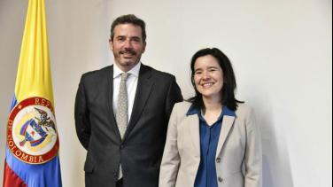 Juan Ramón Samper, gerente de RTVC y Sylvia Constaín,